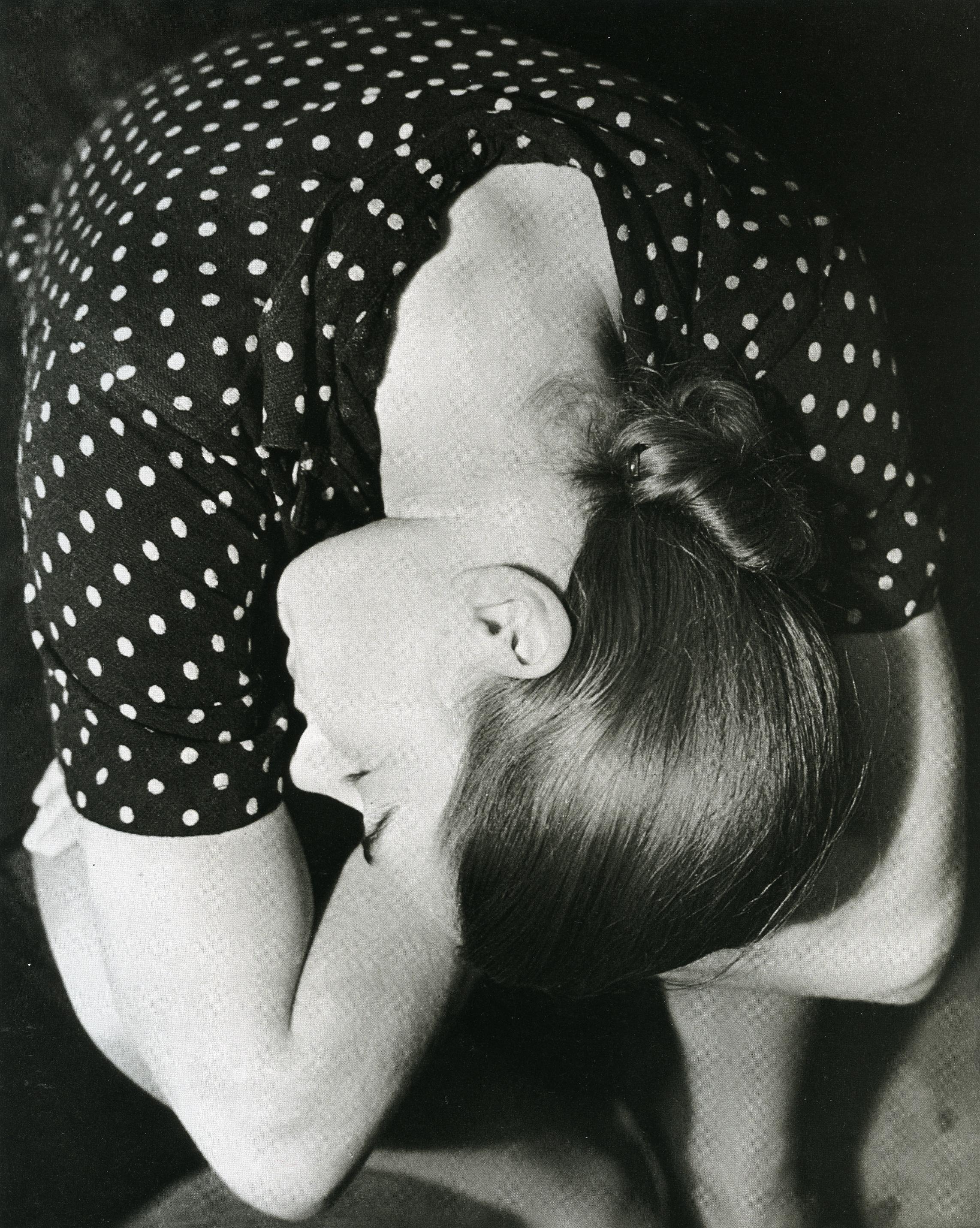 eva penninck amsterdam 1932 by Erwin Blumenfeld