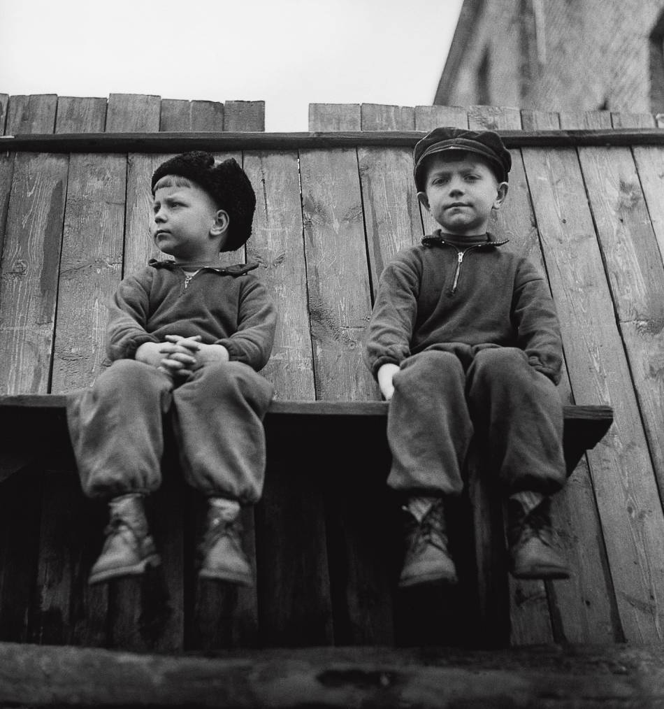 Kids by Antanas Sutkus